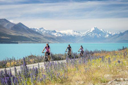 biking_lake_pukaki